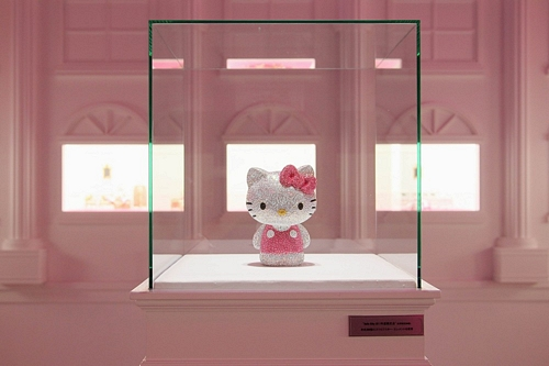 "Swarovski presents ""House of Hello Kitty"""