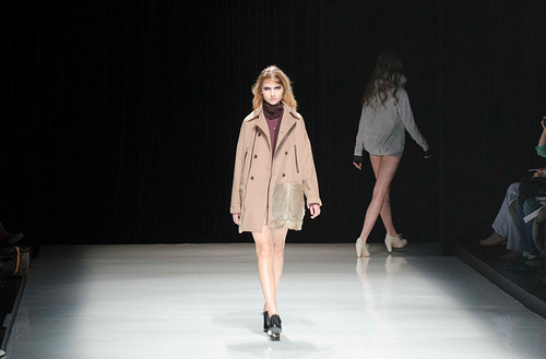 KAMISHIMA CHINAMI – Mercedes-Benz Fashion Week Tokyo 2012-13 Autumn/Winter