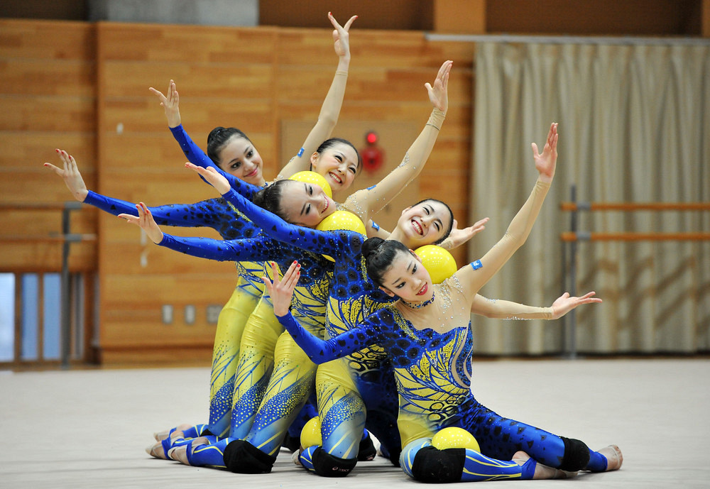 "Japanese Rhythmic Gymnastics Team ""FAIRY JAPAN POLA"""