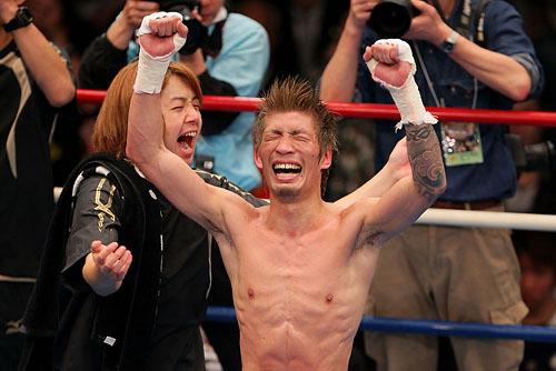 WBC Super Flyweight Title: Suriyan Sor Rungvisai vs Yota Sato