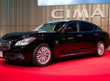 Nissan Launches New Cima Luxury Hybrid Sedan