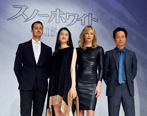 Charlize Theron Promotes Snow White and The Huntsmen in Tokyo