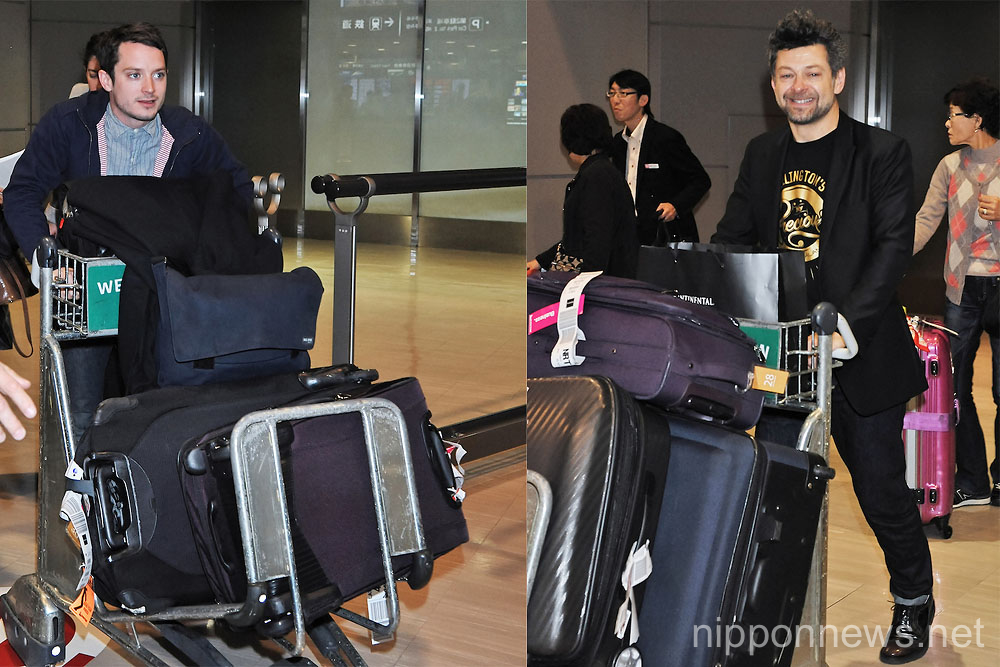 "Cast Members of ""The Hobbit an Unexpected Journey"" Arrive in Japan"