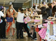 Australian Supermodel Miranda Kerr Arrives in Japan