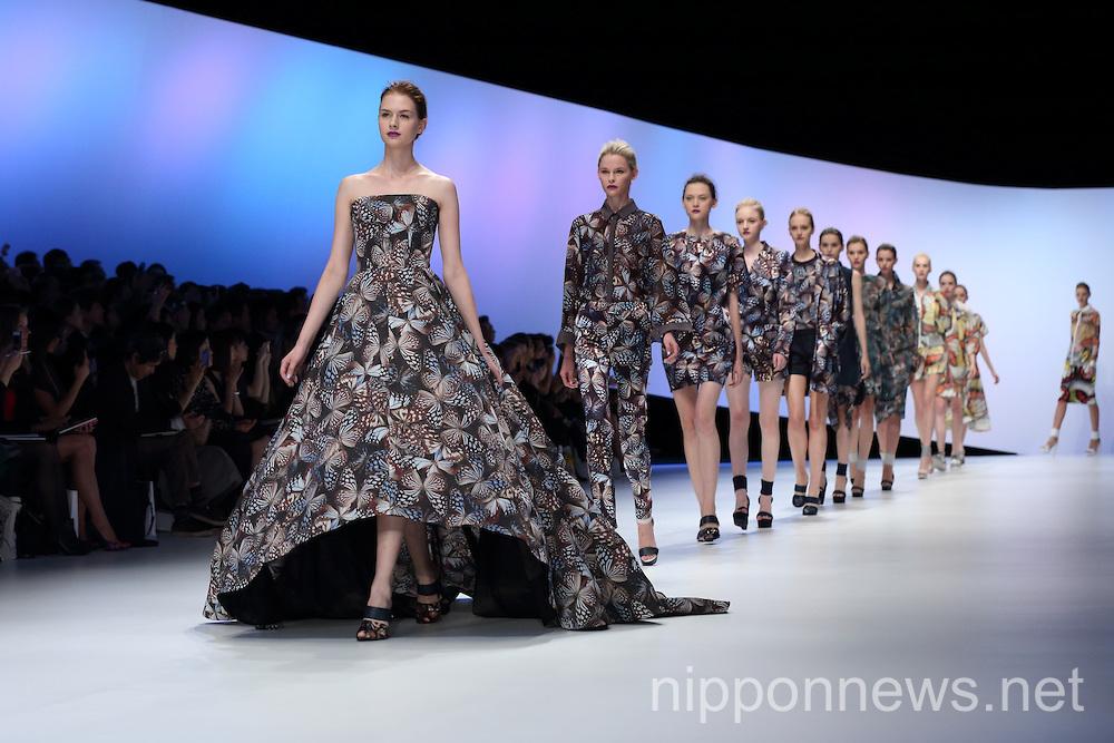 Mercedes benz tokyo fashion week 30
