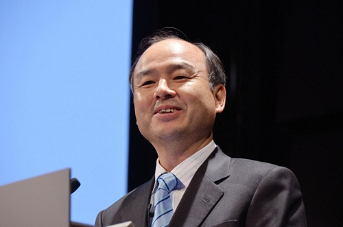 SoftBank Annual Profit at All-Time HighSoftBank Annual Profit at All-Time Highソフトバンクが最高益 売上が3兆円超え