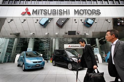 Mitsubishi Motors Sees 28% Profit RiseMitsubishi Motors Sees 28% Profit Rise三菱自、純利益28%増へ 業績見通し発表