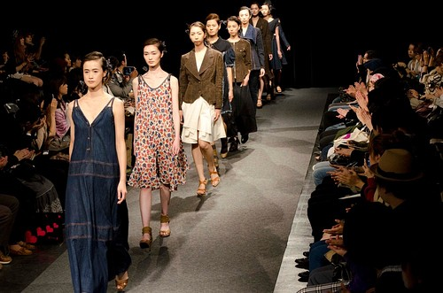 Takahiro Kawaguchi by atlier. Ta.a.Na – Mercedes-Benz Fashion Week Tokyo 2012 Spring/Summer