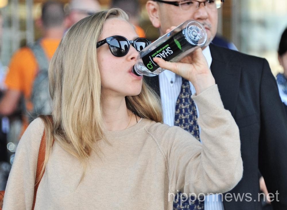 Amanda Seyfried arrives in Japan