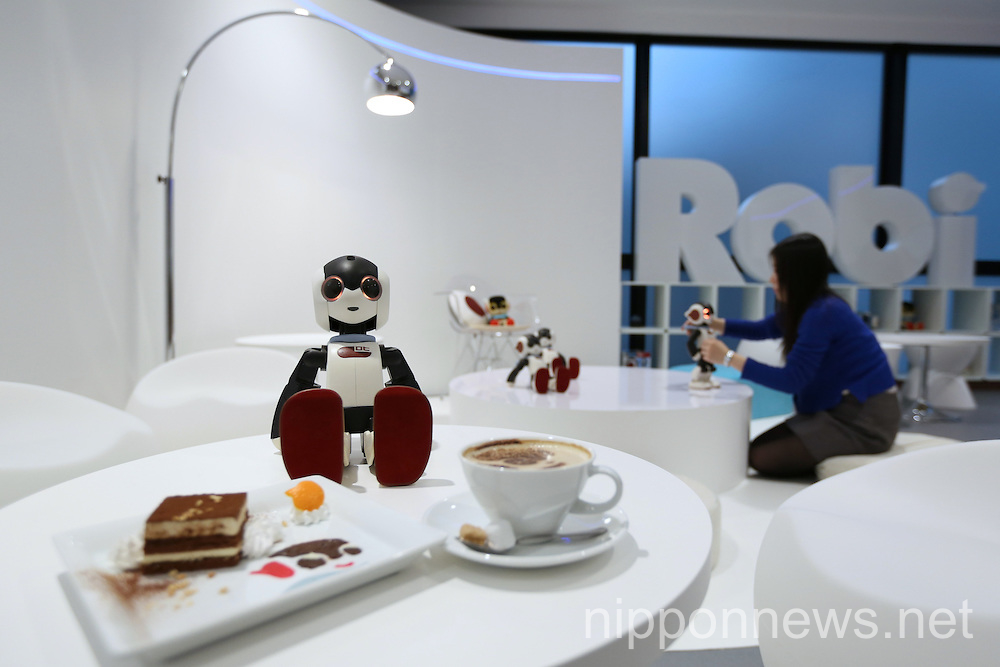Robi cafe opens in Tokyo