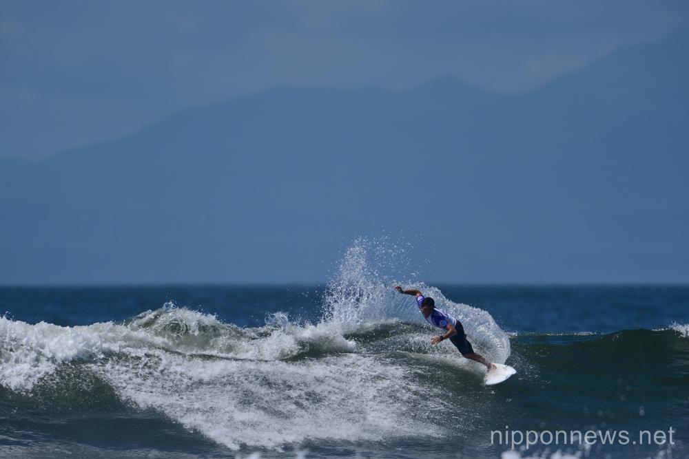 Teppei Tajima (JPN),  JULY 15, 2015 - Surfing : World Surf League (WSL) Qualifying Series, Murasaki Sports Presents Shonan Open at Kugenuma Kaigan, Kanagawa, Japan. (Photo by AFLO SPORT)