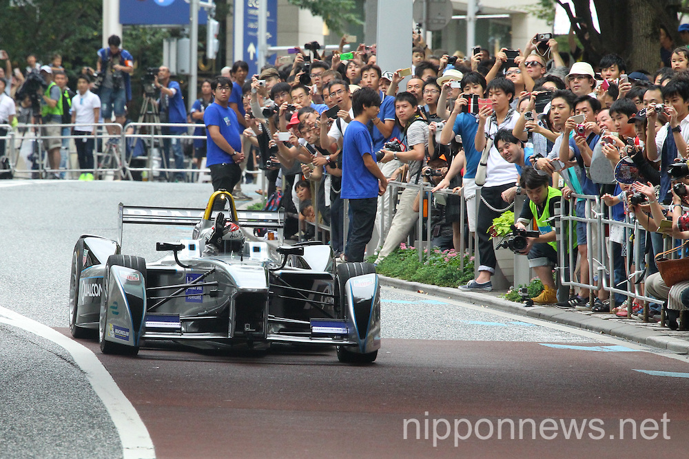 Formula E racing car demonstration in Tokyo