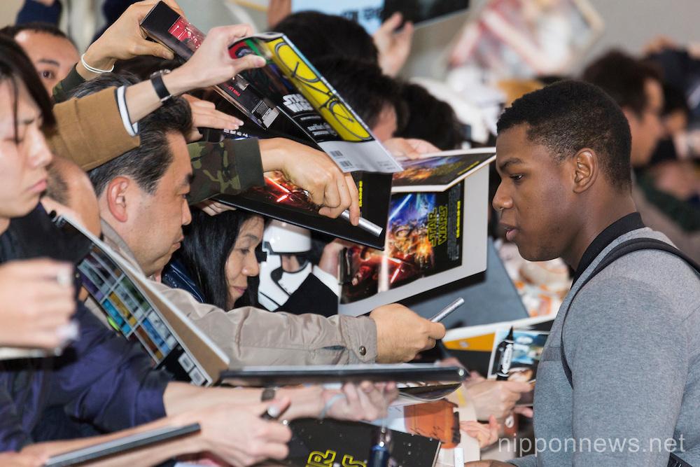 Star Wars Episode VII Cast arrive in Japan