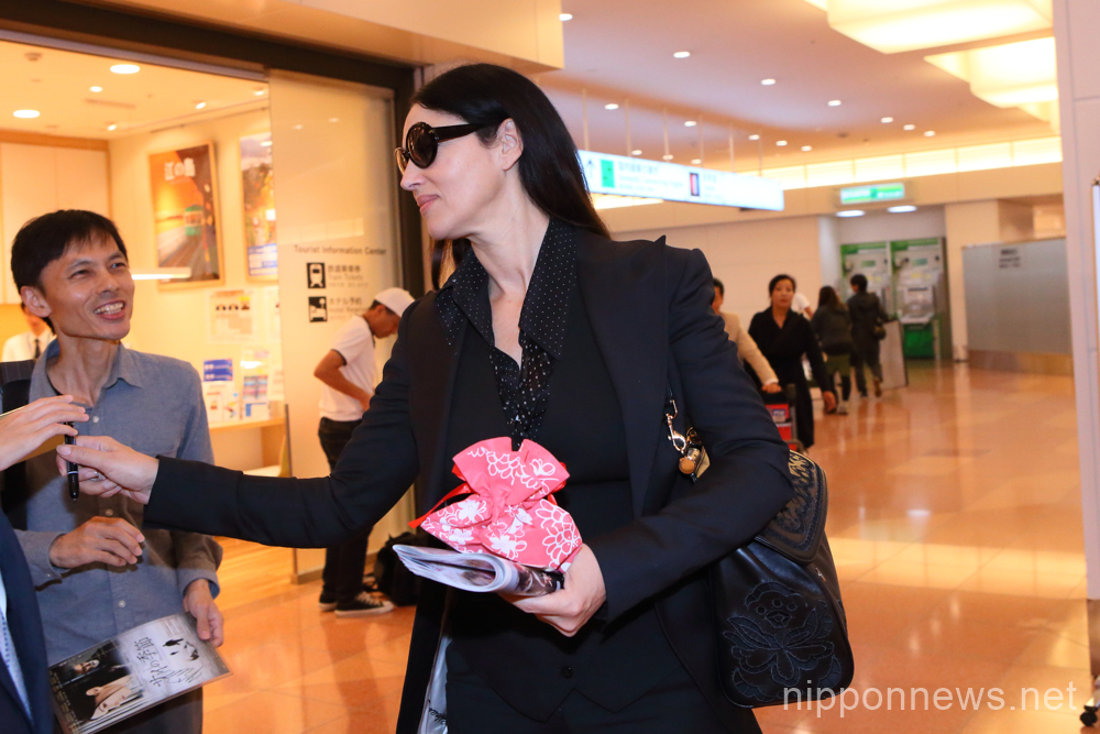 Italian actress Monica Bellucci touches down in Japan